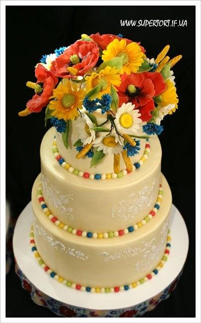 Торт на весіллі в українському стилі, автор Уляна Коцаба