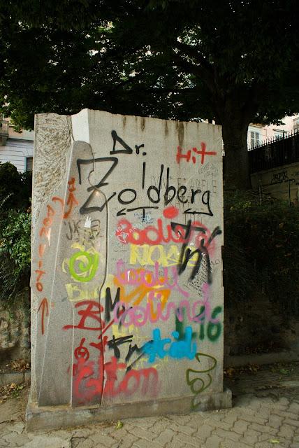 Graffiti in Lungo Po Machiavelli