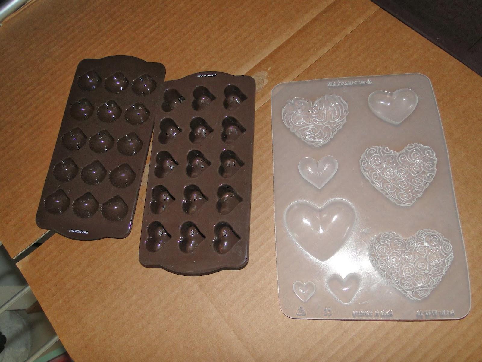 Lo shabby di mila piccole forme - Togliere silicone dalle piastrelle ...