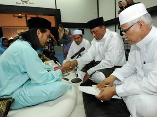 Majlis Akad Nikah Izreen Azminda Dan Riza