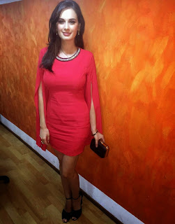 Evelyn Sharma in Spicy Red Dress promoting Kuch Kuch Locha Hai Movie