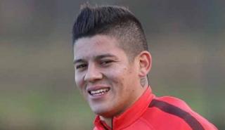 Gaya Rambut Marcos Rojo Keren dan Terbaru