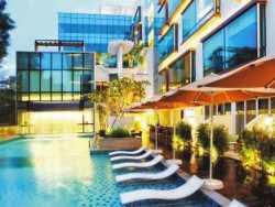 Harga Hotel Bintang 4 di Singapore - Park Regis Singapore