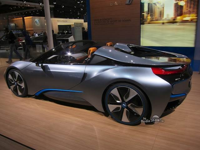 bmw i8 concept world full of art. Black Bedroom Furniture Sets. Home Design Ideas