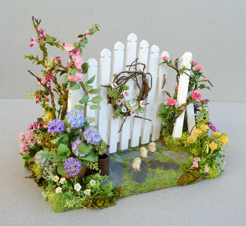 Good sam showcase of miniatures easter spring flowers for Easter garden designs