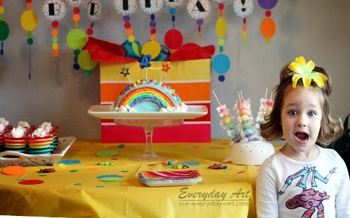 http://www.our-everyday-art.com/2014/02/rainbow-birthday-party.html