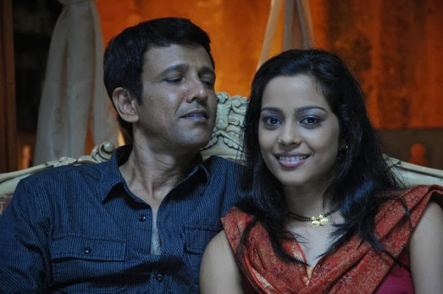 Tera Kya Hoga Johny | Movie Still 10 | Mogdha Godse And Kay Kay Menon