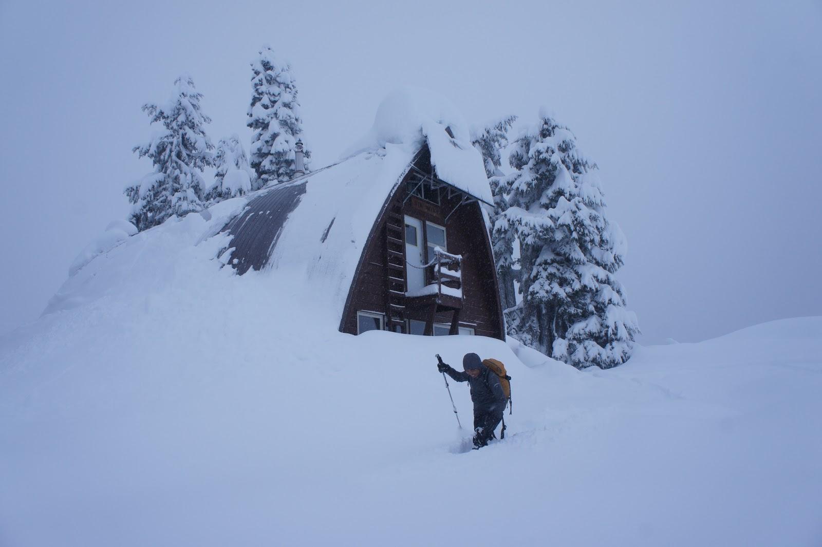 Elfin Lakes Ski Touring