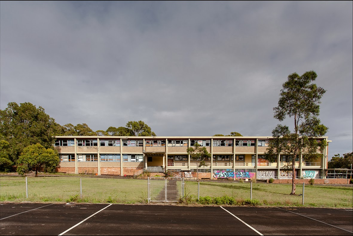 High school dating in Australia