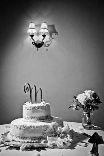 Briar Patch Wedding Cake