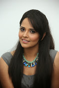 Anasuya latest sizzling photos-thumbnail-20