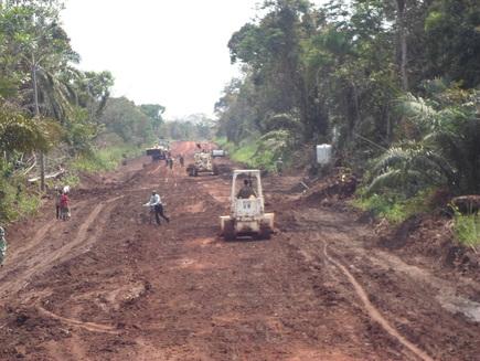 TNI Akan Bangun Jalan Strategis Nasional Di Papua