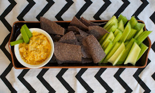 Erin Traill, diamond beachbody coach, buffalo chicken dip, healthy recipe, 21 day fix approved, healthy crockpot recipe, football, appetizer, Autumn Calabrese, weight loss, fit mom, pittsburgh