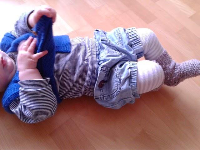 babyjacke stricken