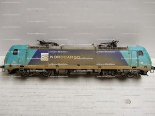"< src = ""image_3.jpg"" alt = "" Locomotive invecchiate Piko scala 1:87 "" / >"
