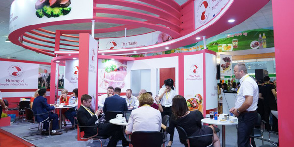 Exhibition Stand Activities : Exhibition stand construction exhibition booth contractor in
