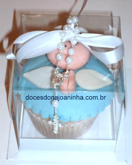 Cupcake decorado para Lembrancinha de Batizado - Anjinho