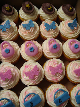 Barbie cupcakes