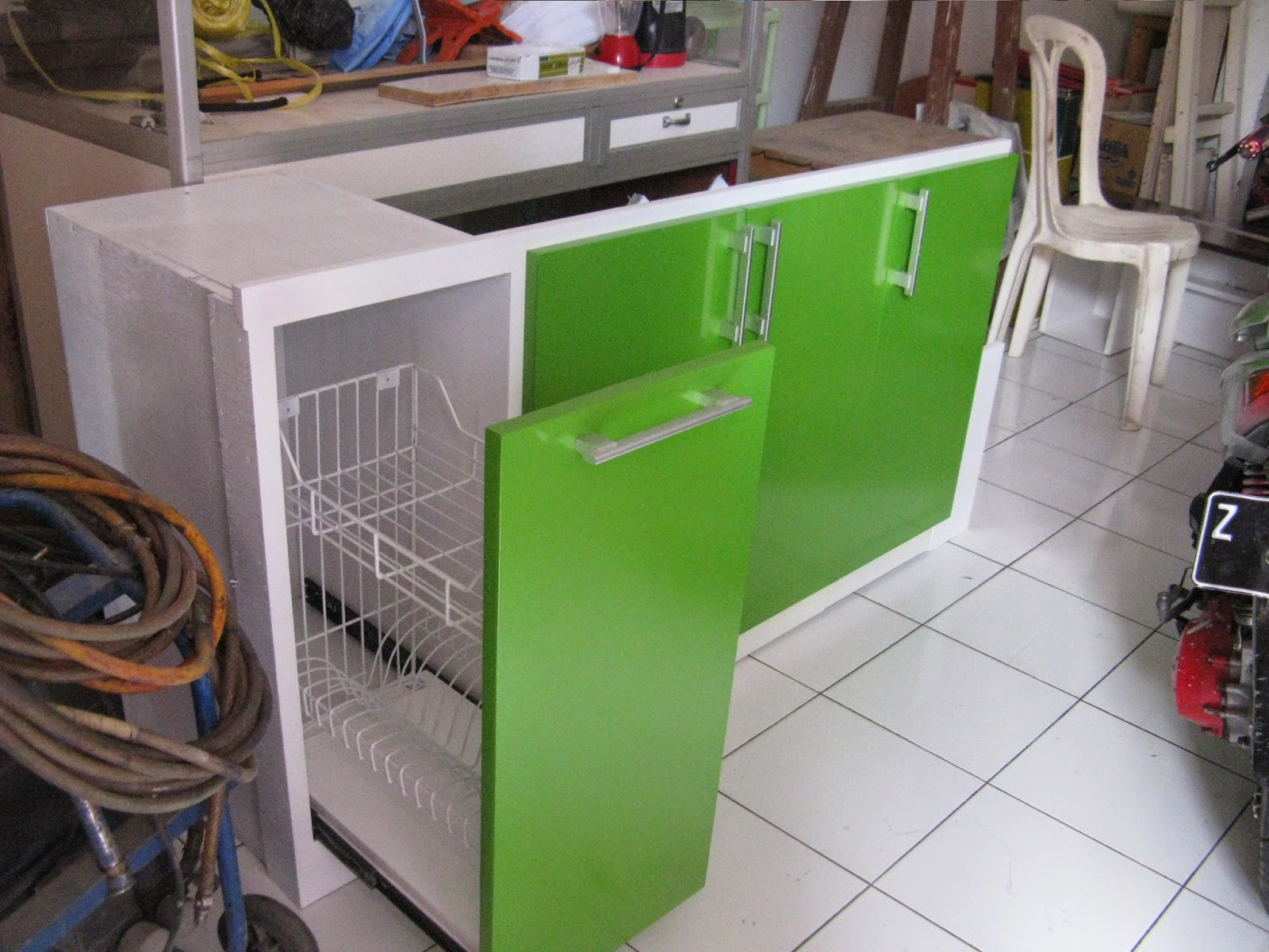 Kitchen Set Putih - Hijau Cat Duco