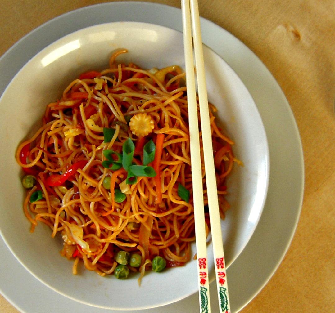 veg chow mein noodles 150 gm chow mein noodles 1 tbsp soya sauce 2 ...