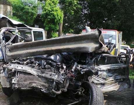 Kendaraan lancer Dul Kecelakaan