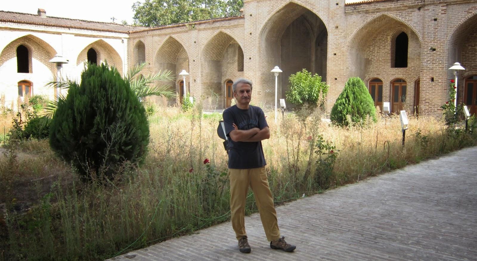بنای تاریخی مسجد فرح آباد/مسعود بیزارگیتی