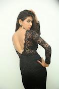 shalu chourasiya sizzling photos-thumbnail-2