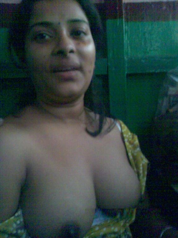Matchless theme, Sharp indian aunty nude
