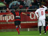 Diego Costa celebra el 0-1 ante el Sevilla