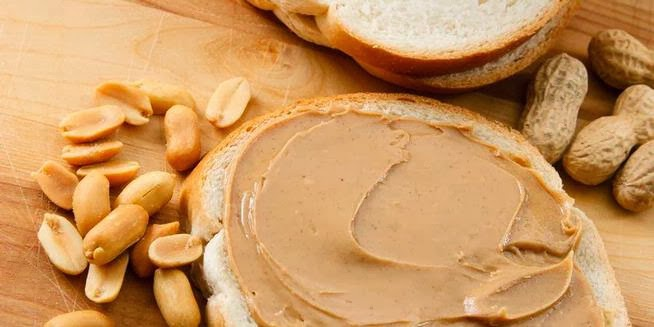 Healthy Snacks to Eat With Peanut Butter