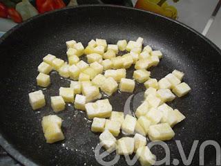 Khoai tây chiên bọc đường lạ mà ngon