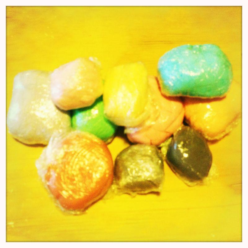 Preferenza Claudia Cakes: Come colorare la pasta di zucchero SA97