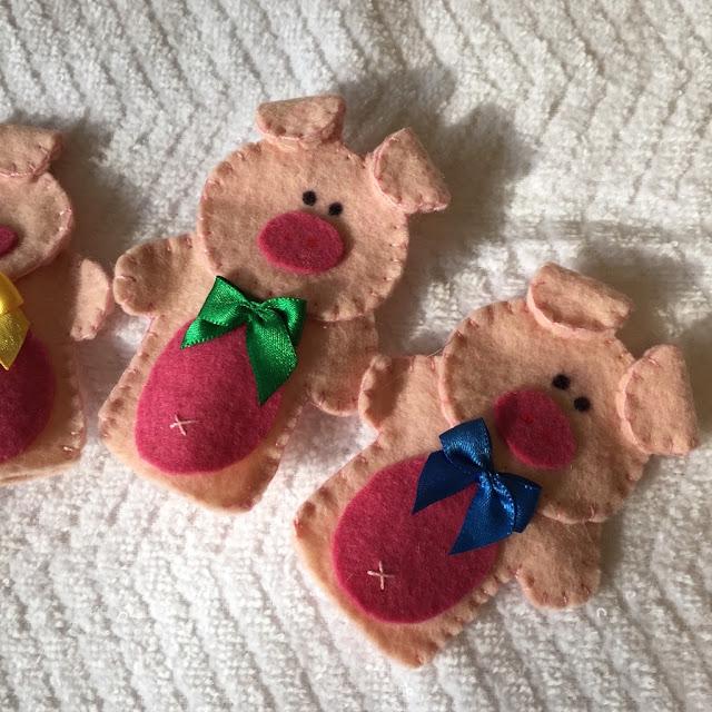 Dedoches de Feltro Os Três Porquinhos | @ateliemadrica