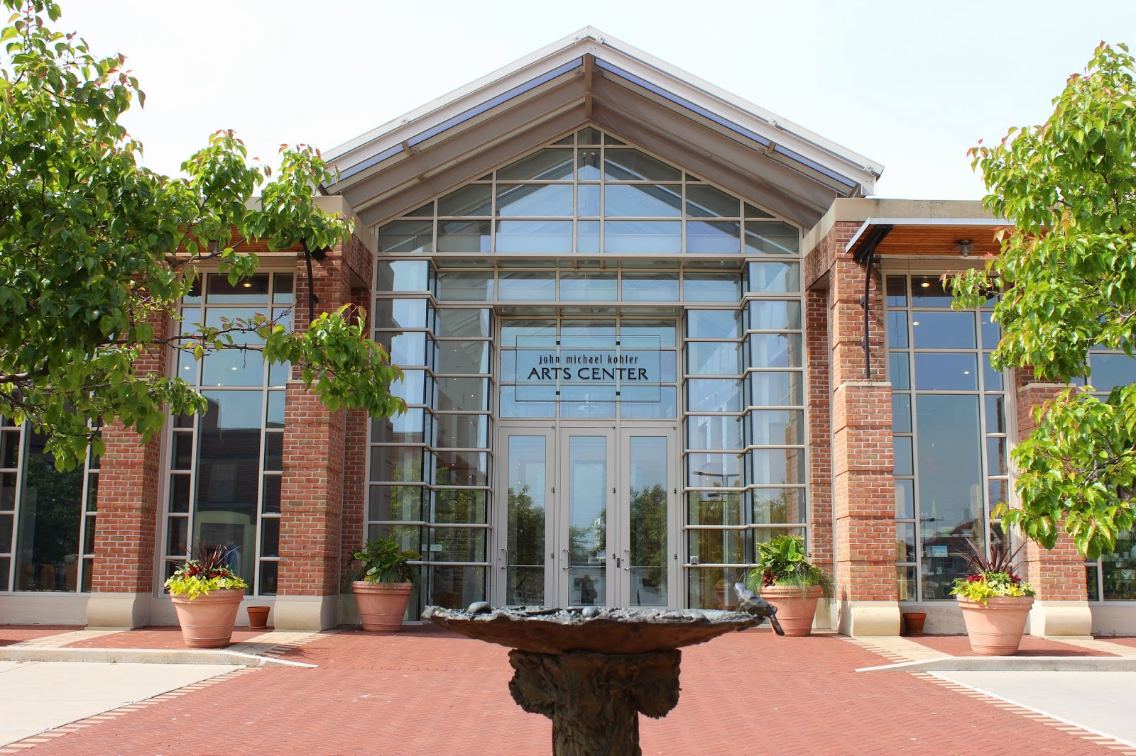 art center visit The shemer art center is wheelchair accessible, which means all guests can enjoy our classes, workshops, lectures, exhibitions and events please call (602) 262-4727 if you have any questions about accessibility.