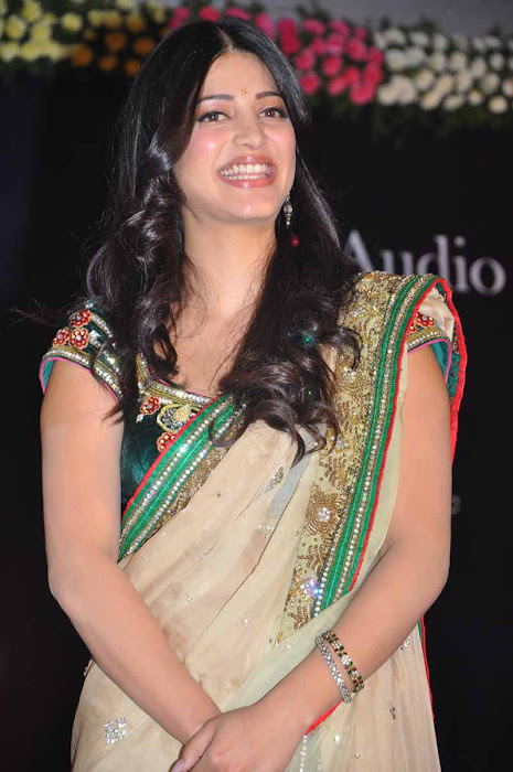 shruti han new spicy in 3 movie audio launch event cute stills