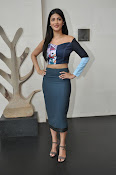 Shruti Haasan latest glam pics-thumbnail-7