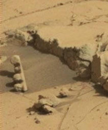 Mars traffic light