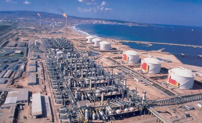 Le système énergétique algérien stockage_liquefgaz_arzewalgerie
