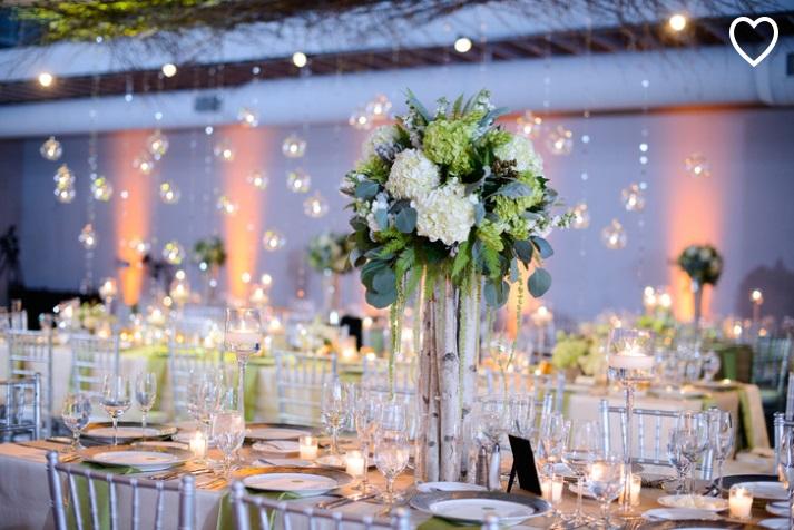 Beaux mariages un mariage d 39 hiver au style rustique - Centre de table mariage hiver ...