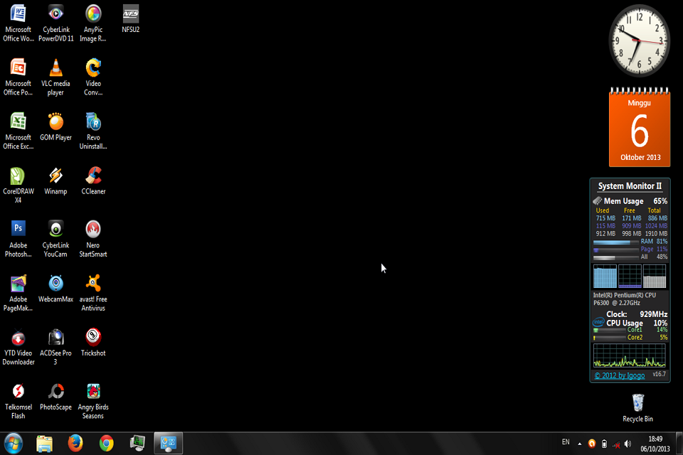 Cara Menghilangkan Background Desktop Windows 7 ( Trik Jahil )