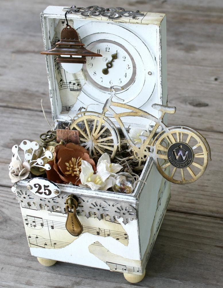 Imaginarium Designs: Vintage Altered Box and Shabby Birdhouse