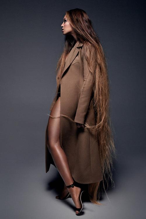 Beyoncé for CR Fashion Book