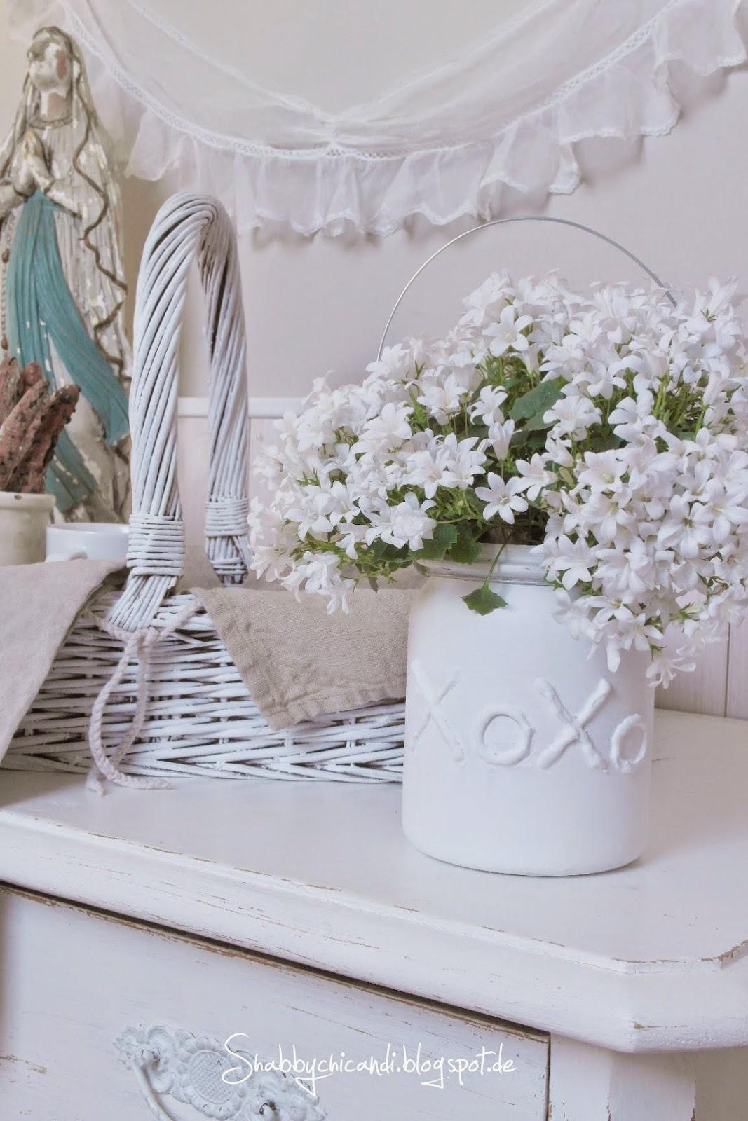 DIY Mit Heißkleber schöne Gläßer gestalten