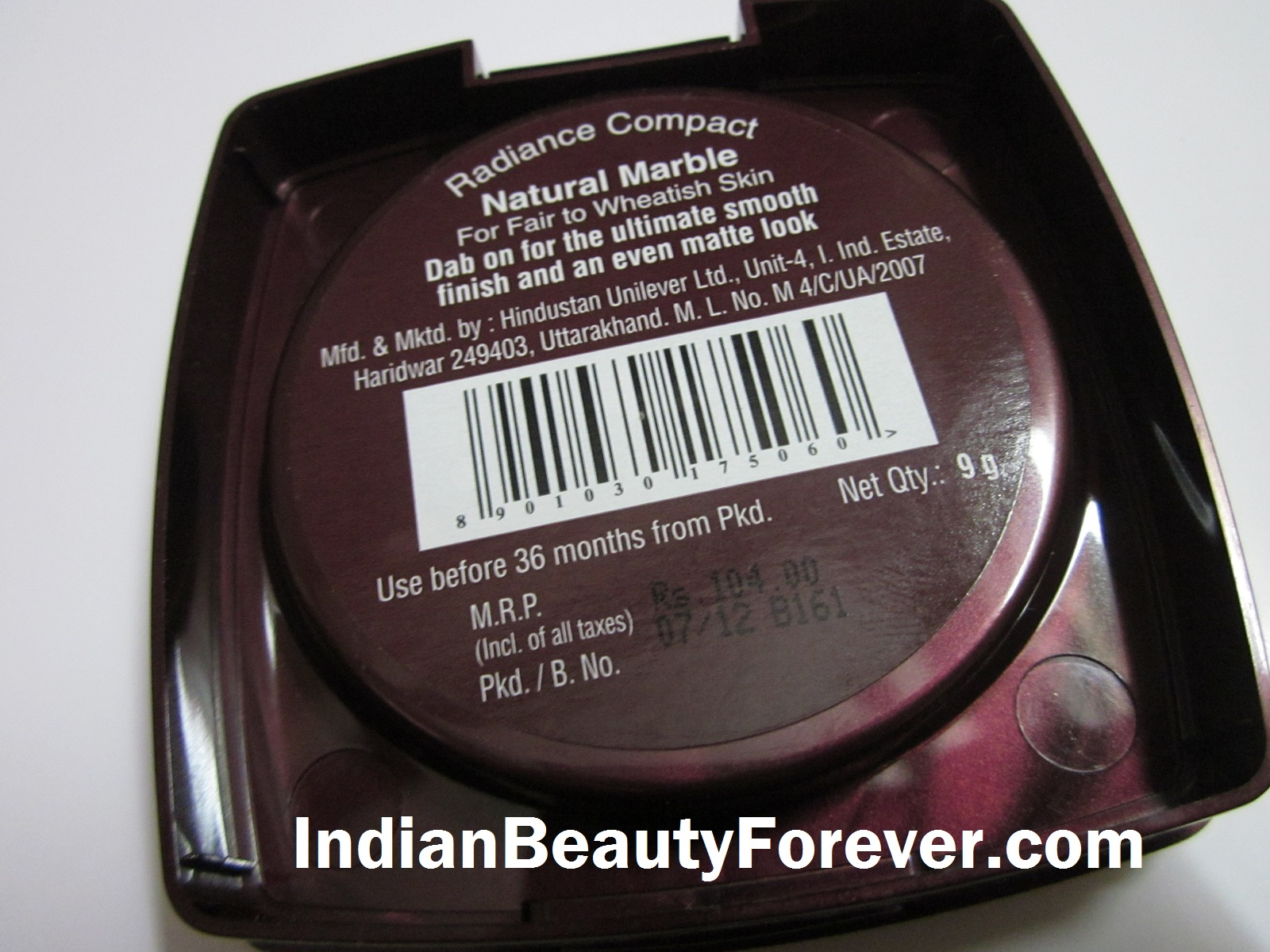 Lakme Radiance Compact Review in Natural marble price