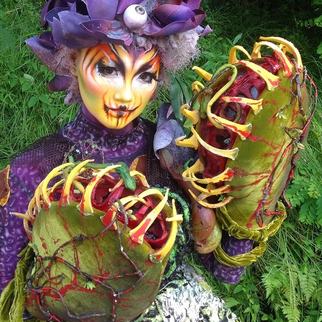 09-Venus-Flytrap-Nix-Herrera-From-Face-Off-to-Intricate-Body-Painting-www-designstack-co