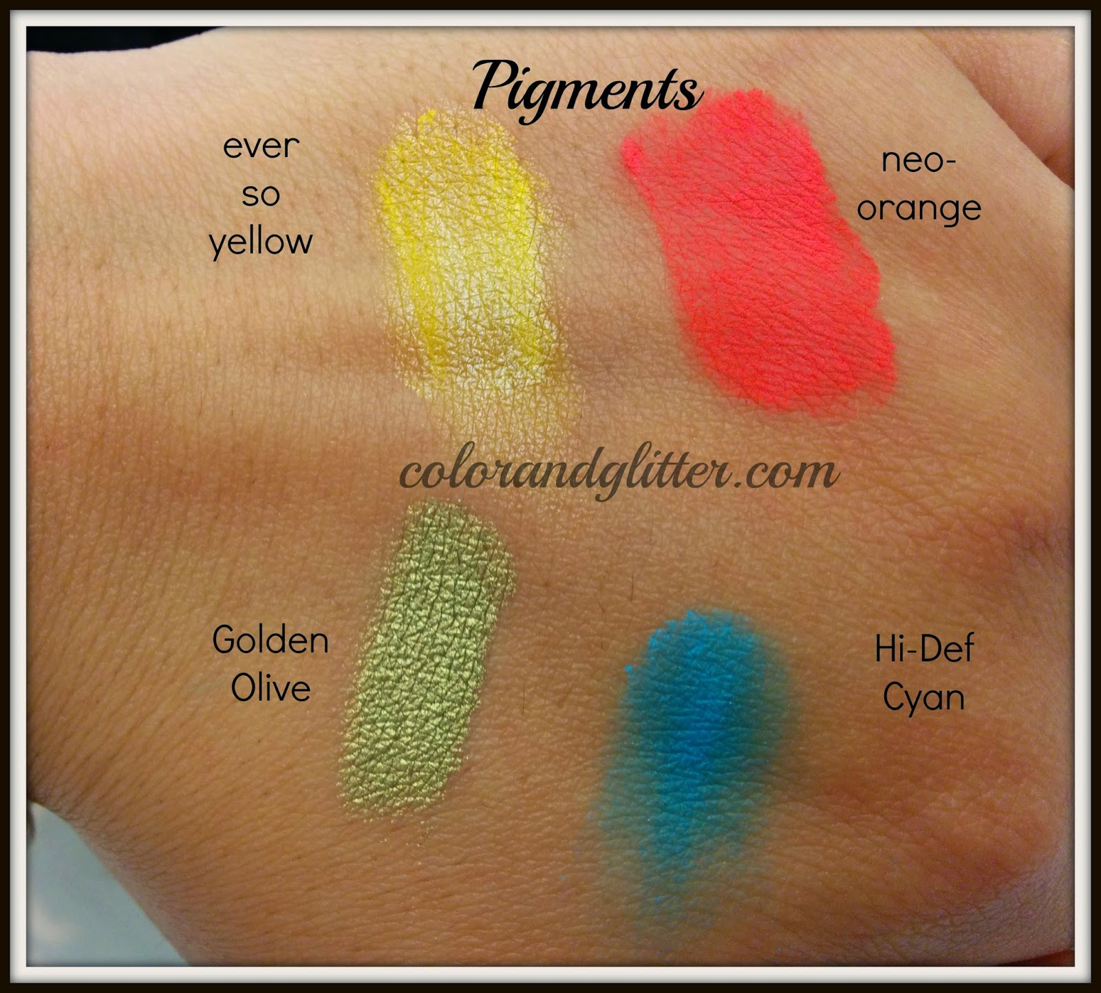 M·A·C Playland collection Pigments and Pencil Swatches