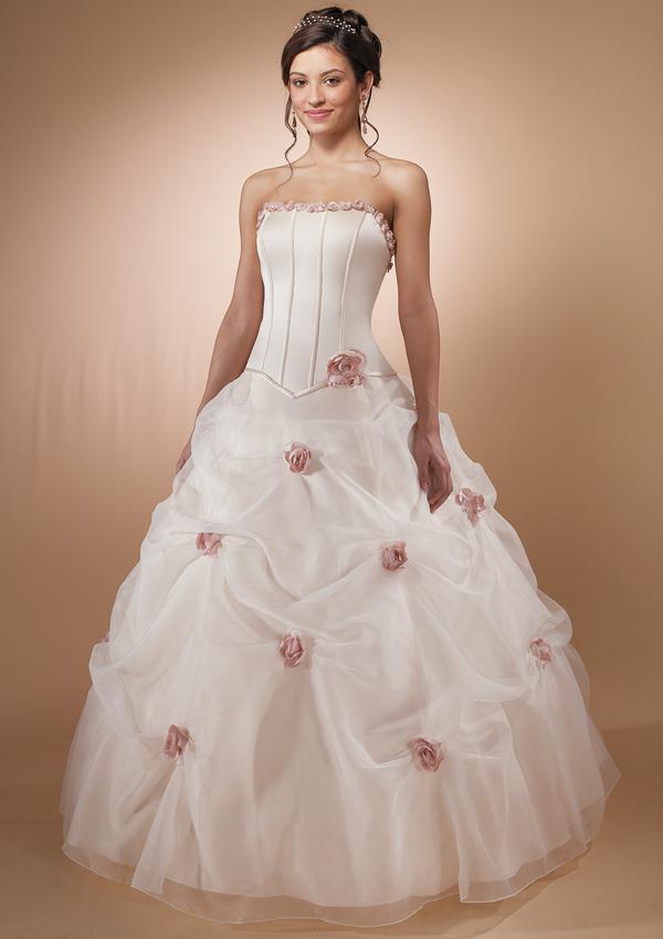 Robe mariage fashion stylesh caftan gallery for Mariage robe destination mariage