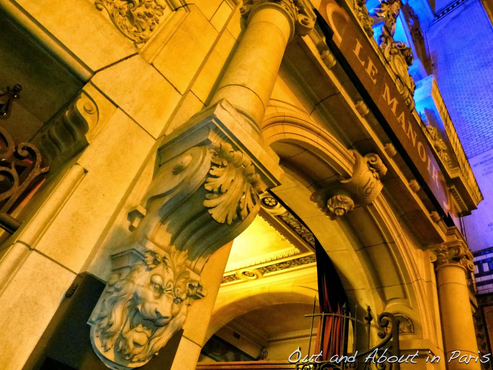 Le Manoir De Paris Visit A Haunted House In For Halloween Jazz1 Sachet