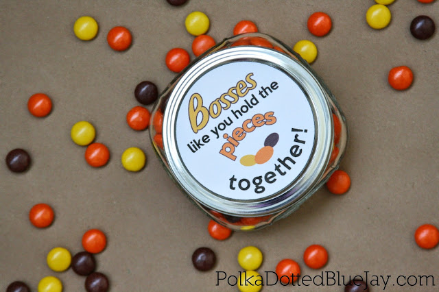 This printable is the perfect DIY gift for bosses day or a Christmas gift for your boss! It is easy to print and put together with a mason jar of Reese's pieces!