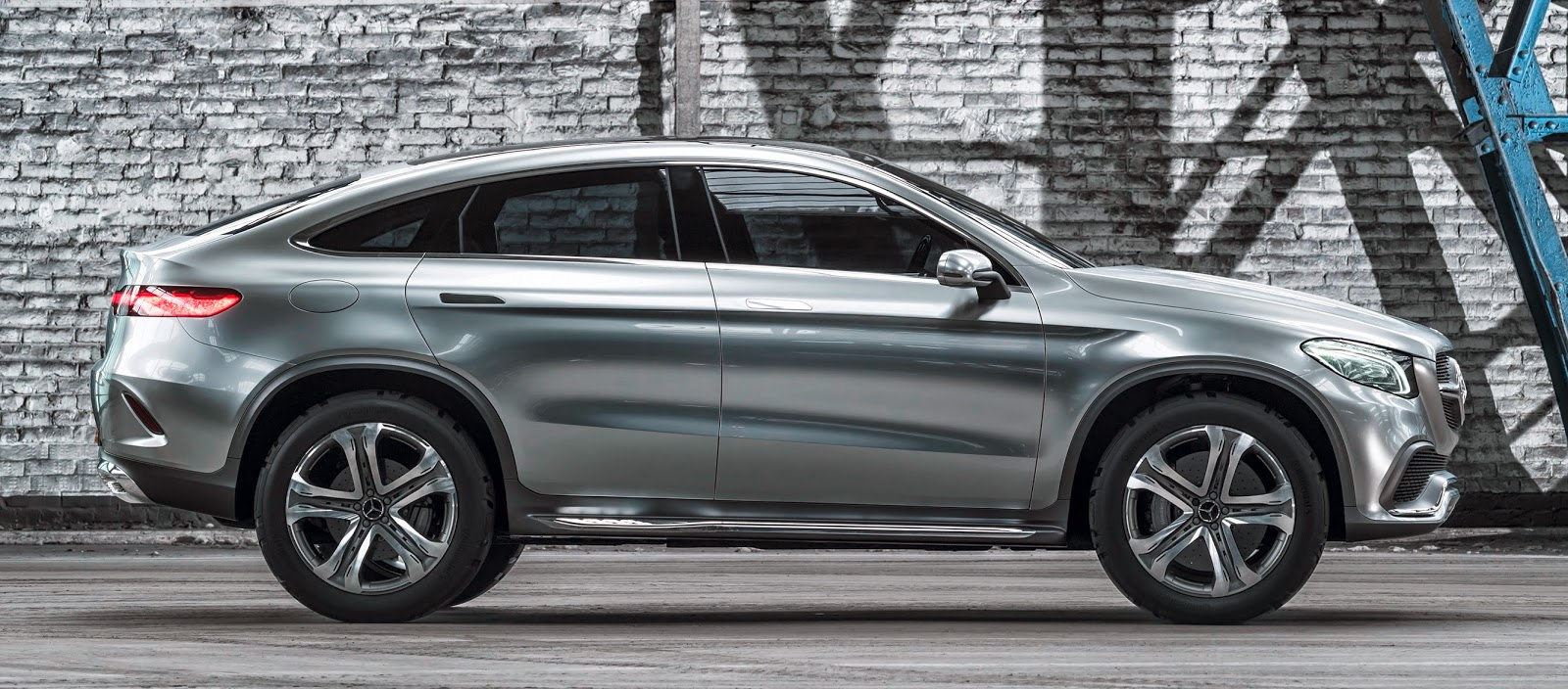 Mercedes Concept Coup 233 Suv O Anti Bmw X6
